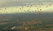 Стотици балони в небето над Албакърки, Ню Мексико
