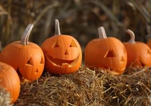 Милиони маскирани ще празнуват Хелоуин тази нощ