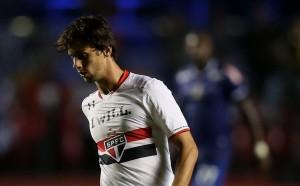 Милан се пробва отново за защитник от Сао Пауло