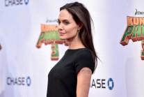 Анджелина Джоли вече има академична титла