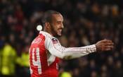Дубъл и за Уолкът оформи разгрома за Арсенал