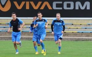 Минев и Краев тренират на пълни обороти с Левски