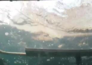 Екип на NOVA се спусна с подводница на дъното на Черно море