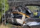 Влак дерайлира в Испания, поне четирима загинаха