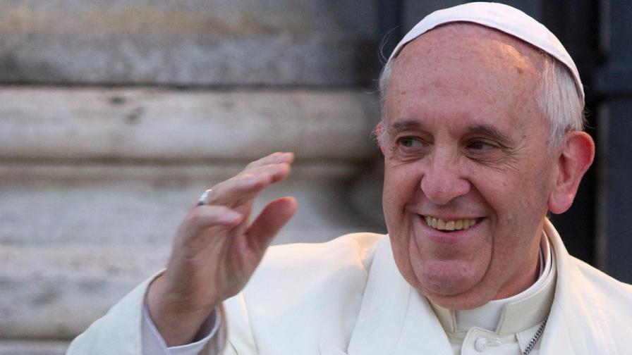 "Папа Франциск – и на корицата на ""Ролинг стоун"""