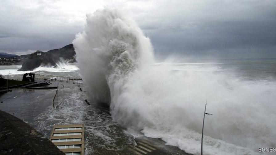 Продължава лошото време в Италия
