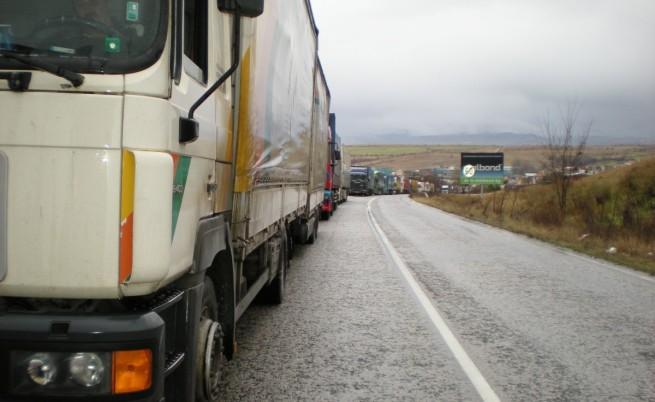 Турските превозвачи търсят алтернативни маршрути към ЕС