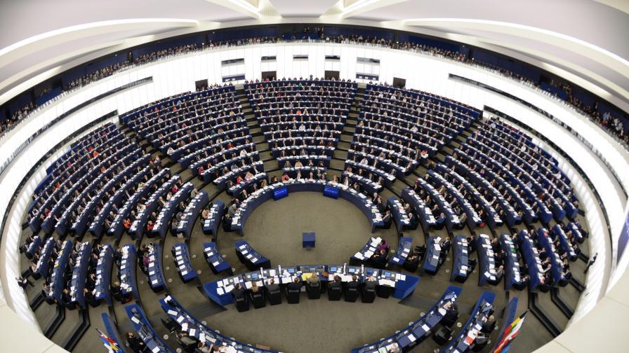 ЕП иска санкции на виновните за убийствата в Украйна