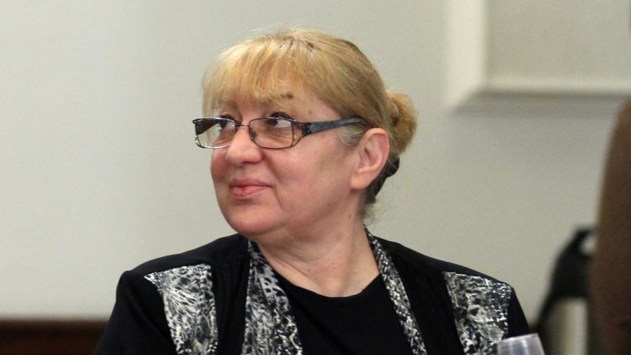 """Магдалена Ташева от """"Атака"""" оглави комисия за ЕРП-тата"""