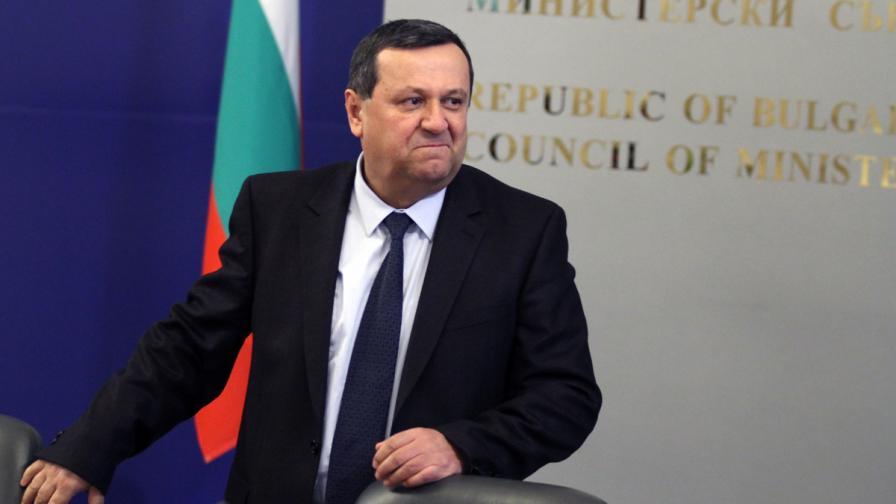 Адемов иска нов обществен договор за пенсионната система