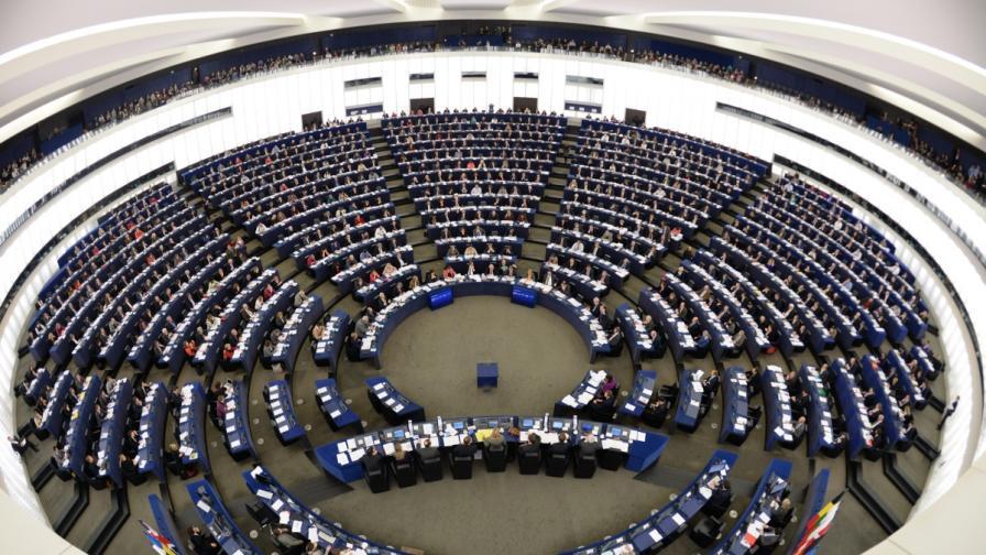Открита вражда на първото заседание на новия ЕП