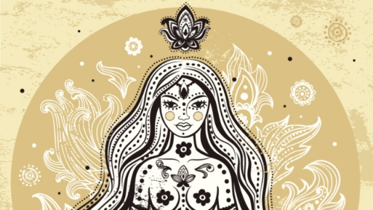 жена чакра асан йога