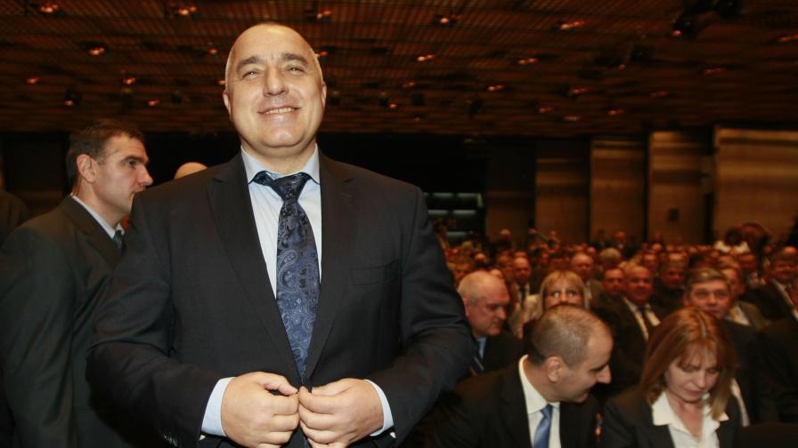 Фандъкова, Цветанов и кметът на Бургас - заместници на Борисов