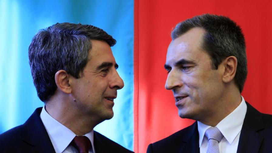 Президент и премиер осъдиха заиграването с етническия мир
