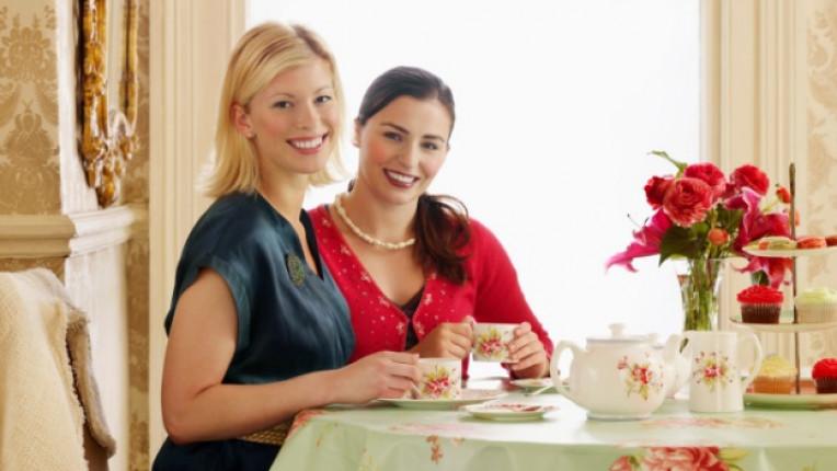 романтика среща приятелки партньор работа семейство приоритети