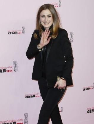 """Френската актриса Жули Гайе пристигна за церемонията по връчване на наградите """"Сезар"""""""