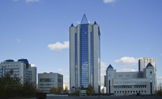 Москва спря по-евтиния газ за Украйна, предлага нов заем
