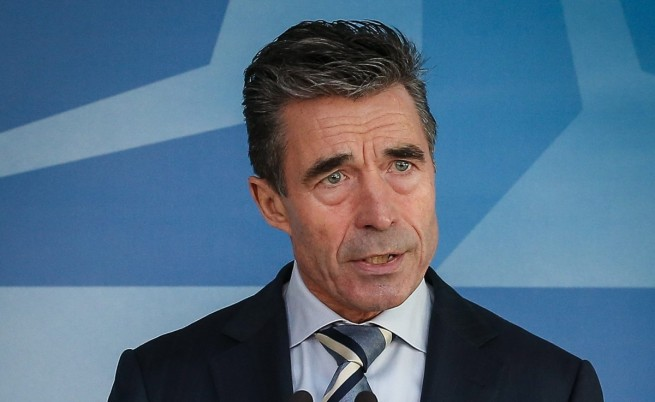 НАТО ще преразгледа отношенията си с Русия