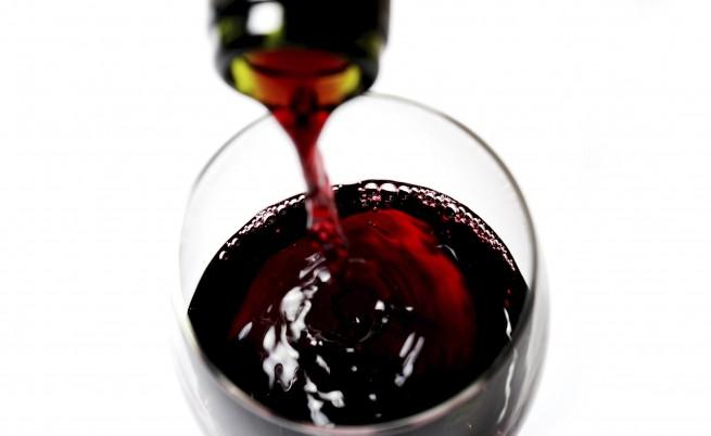 Машина превръща вода във вино