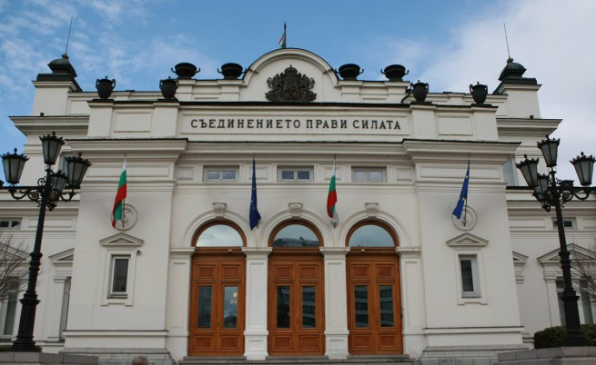 Юлий Павлов с прогноза за 6 или 7 партии в парламента