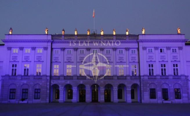 Самолети на НАТО ще патрулират в Румъния и Полша