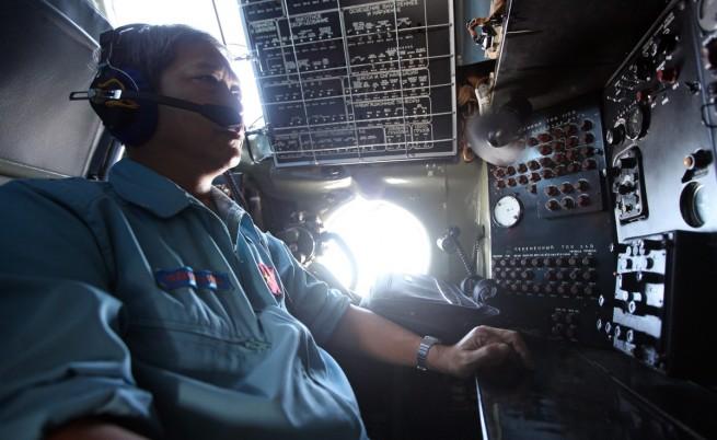 Малайзия за изчезналия самолет: Едва ли е имало терористичен акт