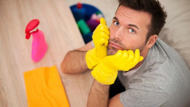 домакинска работа семейства сестри братя готвене задължения момчета