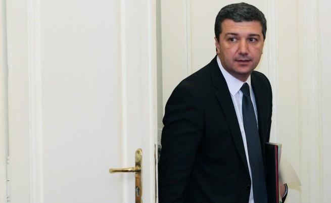 Стойнев: Едва ли ще има санкции от ЕК за