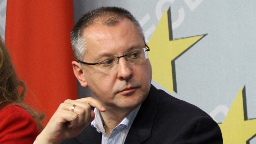 Станишев: Разработва се сценарий да се дискредитира правителството