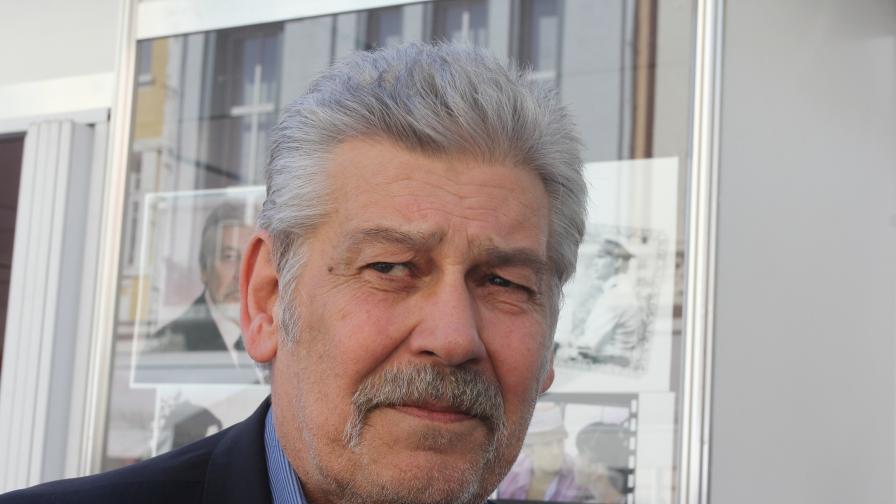 Доведеният син на Стефан Данаилов: Наложи се апаратно дишане