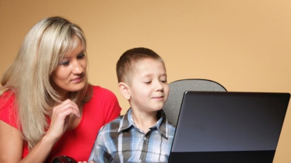 Родители, къде е мястото ни във виртуалния живот на децата?