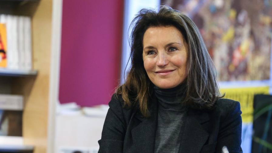 Сесилия Атиас (Саркози) у нас за среща с медиците от Либия