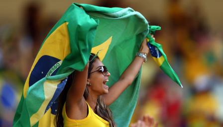 Успехът на Бразилия отприщи дамска дибидюс-фиеста в Рио