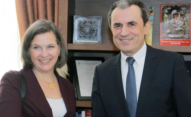 Пламен Орешарски и Виктория Нюланд обсъдиха санкциите срещу Русия
