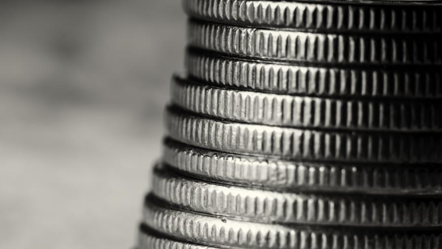 Какви спестявания и кредити имат първите в държавата