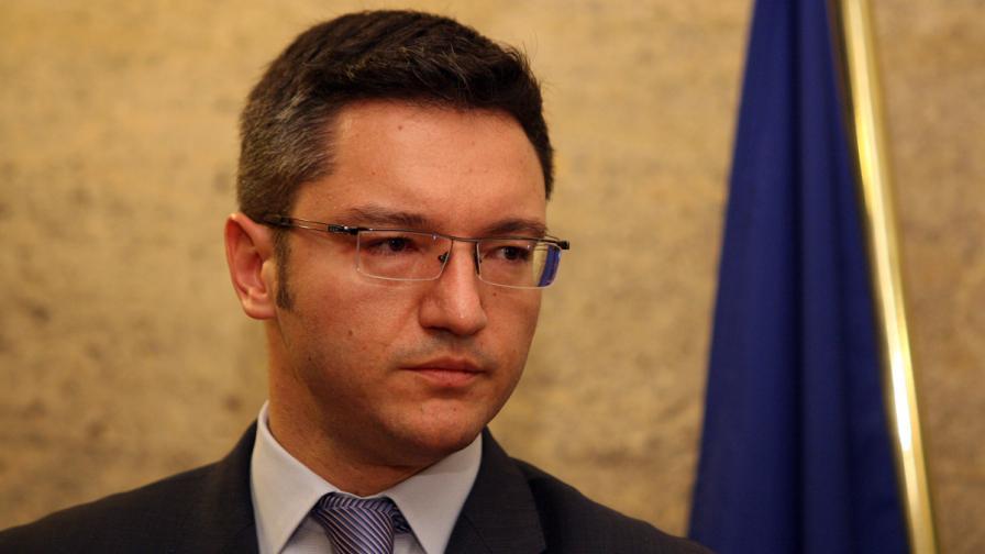 Кристиан Вигенин: Няма пострадали българи при трагедията в Одеса