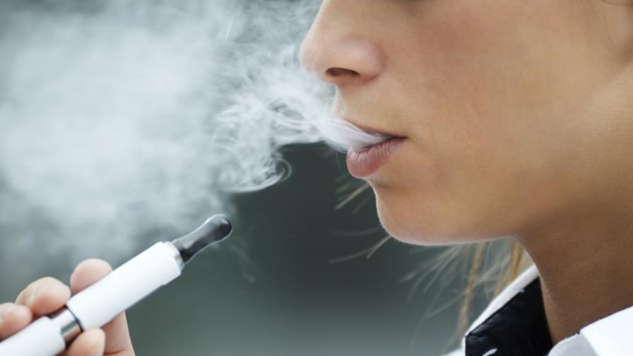 В САЩ са нараснали отравянията с електронни цигари