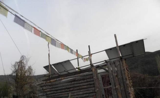 Фалговете, характерни за района на Хималаите, са донесени тук, в селцето в полите на Пирин от Иван Мартинов