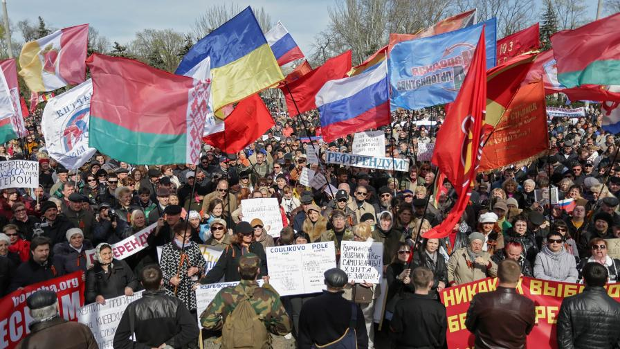 Проруски демонстрации в Източна Украйна