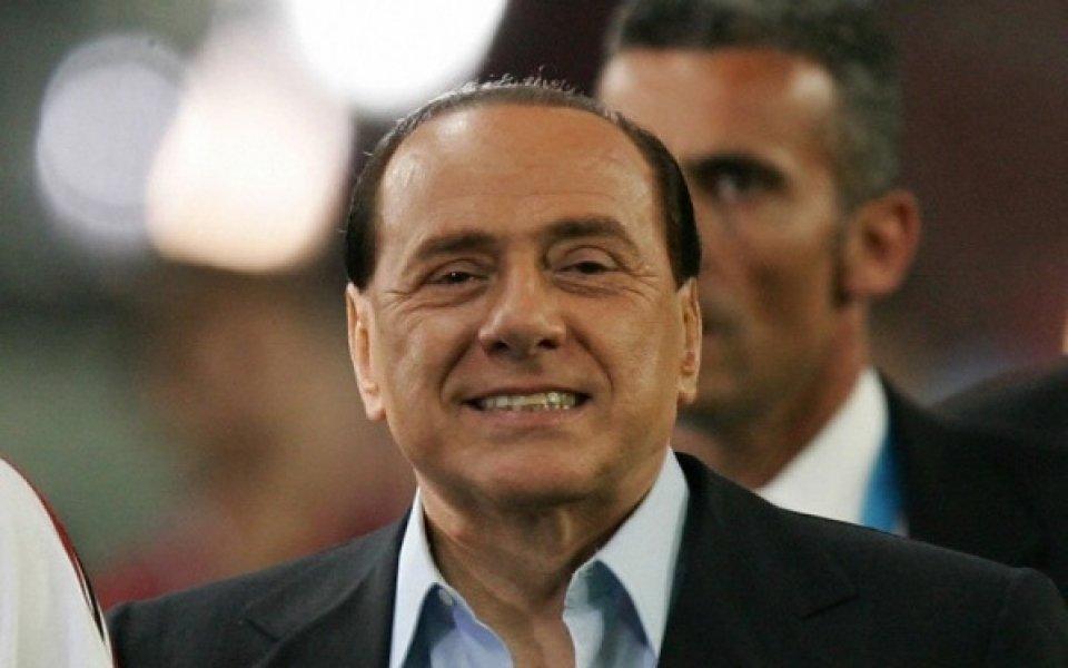 Берлускони: Не виждам място за Роналдиньо в Милан