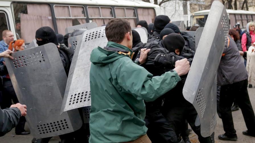 Украинският вътрешен министър: Може да употребим и сила