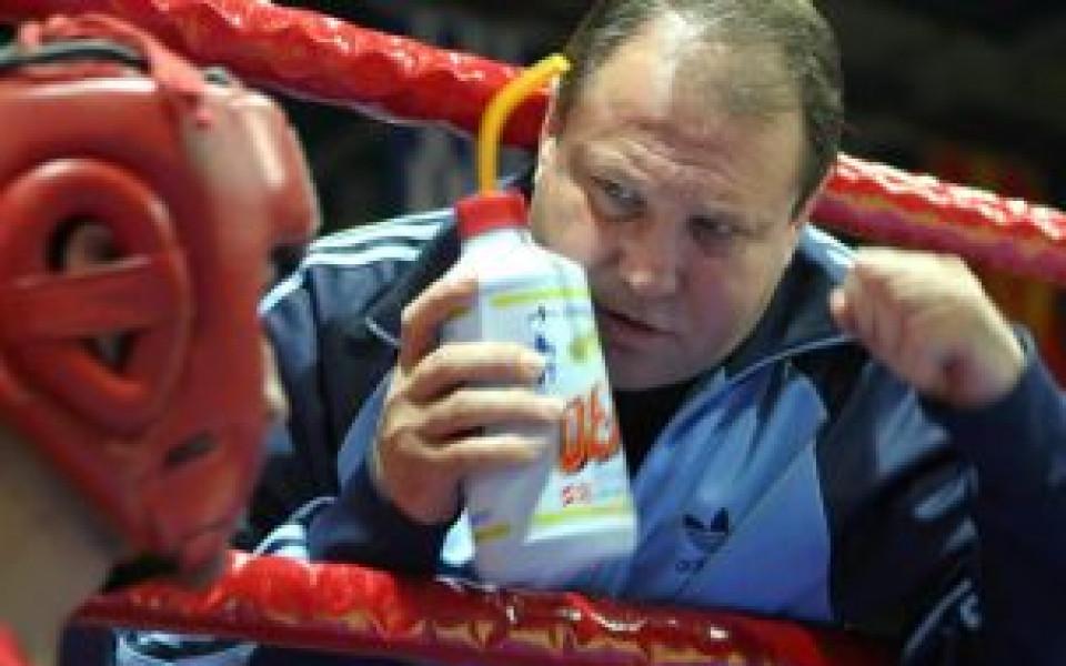 Седем боксьори сигурни за лагера в Украйна, Лесов: Направо откачам
