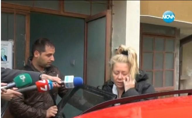 Майката на убитата Александра иска връщане на смъртното наказание