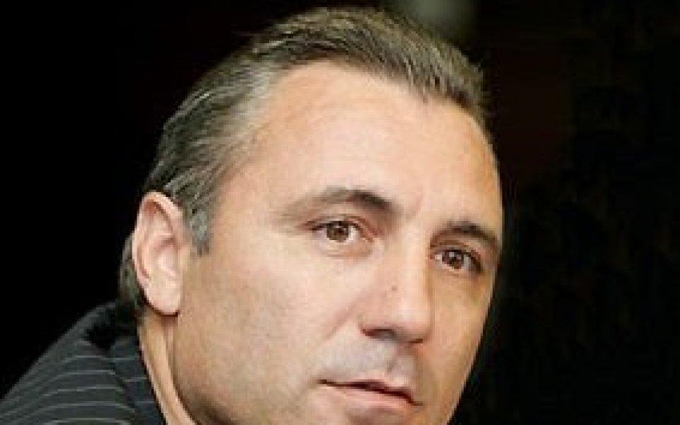 Битият Асенов ще съди Камата