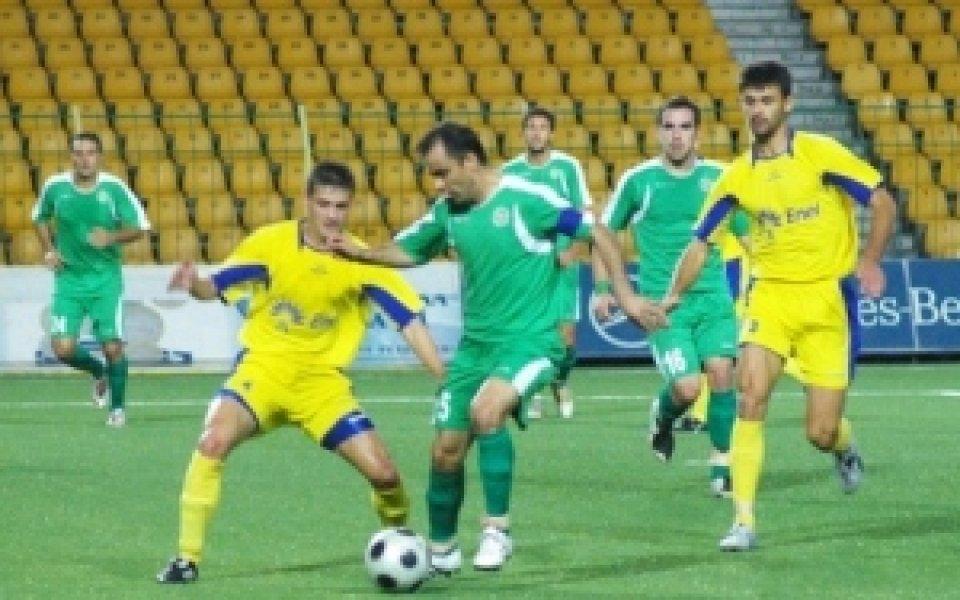 Крумов и Орачев с контузии след мача с Волов