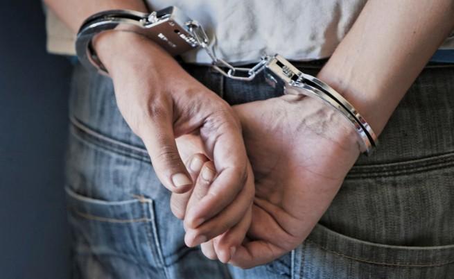 Задържаха 7 трафиканти на нелегални мигранти