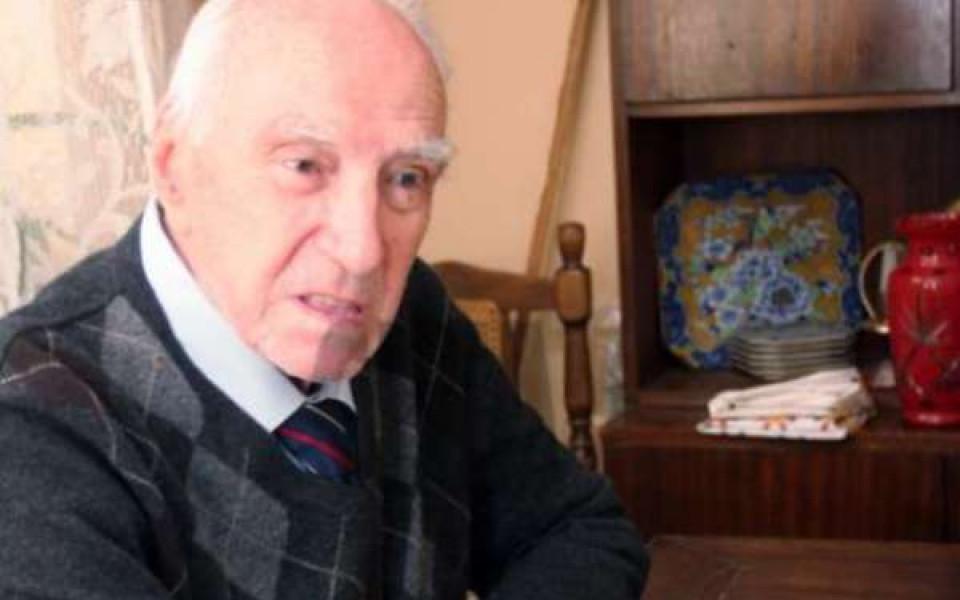 На 88-годишна възраст почина легендата на ЦСКА Нако Чакмаков