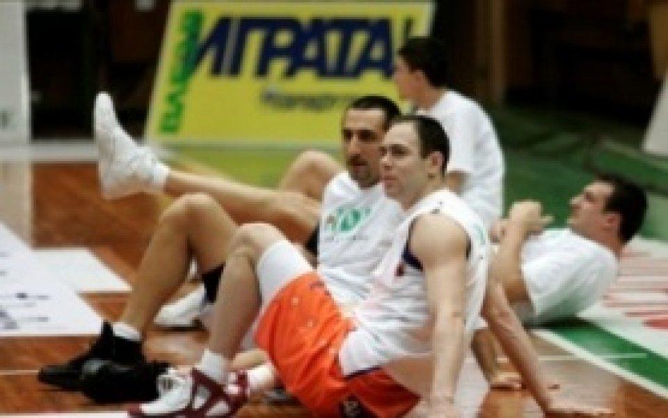 Йордан Бозов ще продължи да играе в Балкан