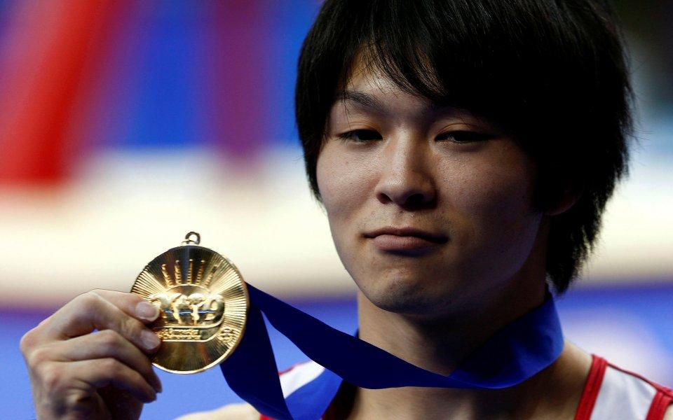 Японец триумфира в многобоя на Световното по гимнастика