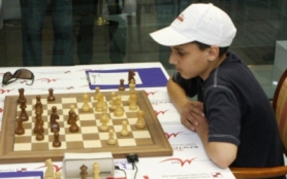 Бербатов взе първа победа в Анталия